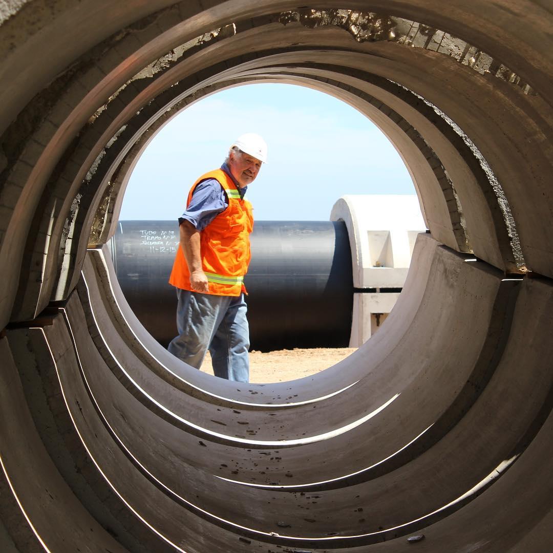 Construcción de un emisario submarino para tratar las aguas residuales